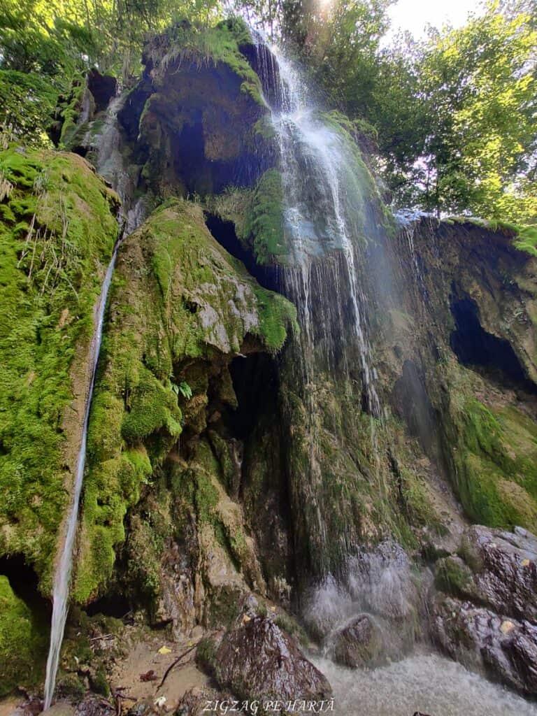 Lacul Ochiul Bei, Cascada Văioaga, Cascada Beușnița, La Tunele și Lacul Dracului - Blog de calatorii - ZIGZAG PE HARTĂ - IMG 20200727 124112