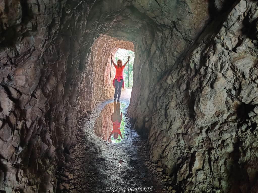 Lacul Ochiul Bei, Cascada Văioaga, Cascada Beușnița, La Tunele și Lacul Dracului - Blog de calatorii - ZIGZAG PE HARTĂ - IMG 20200727 162125