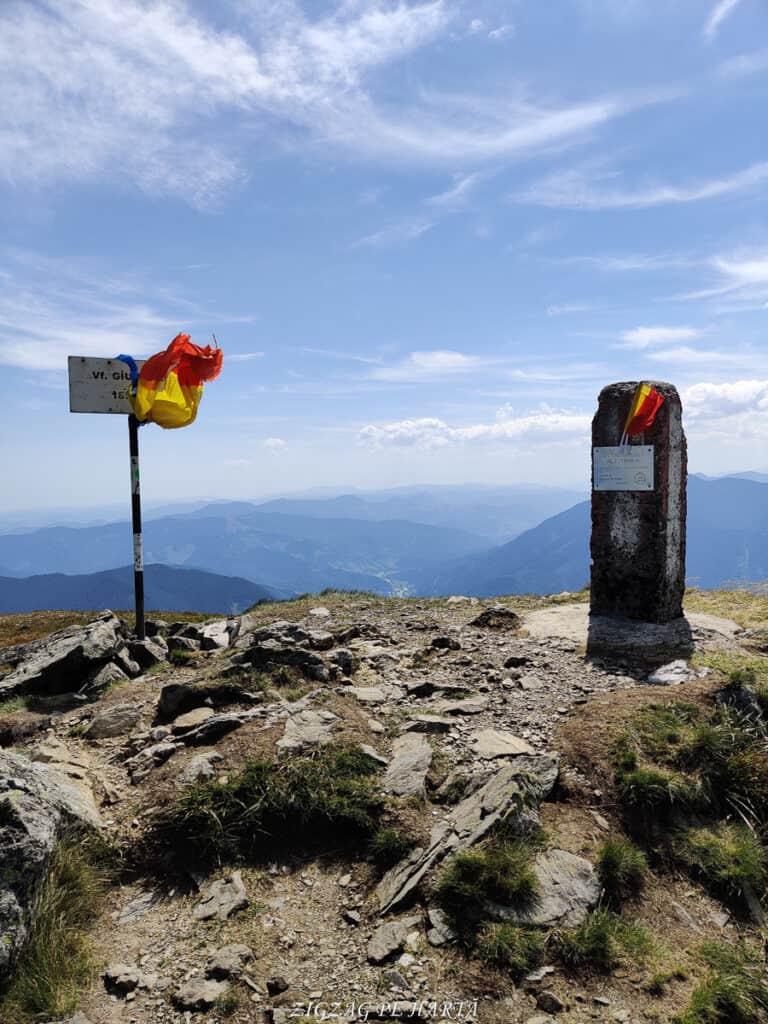 Vârful Giumalău 1858 metri - Blog de calatorii - ZIGZAG PE HARTĂ - IMG 20200806 120117