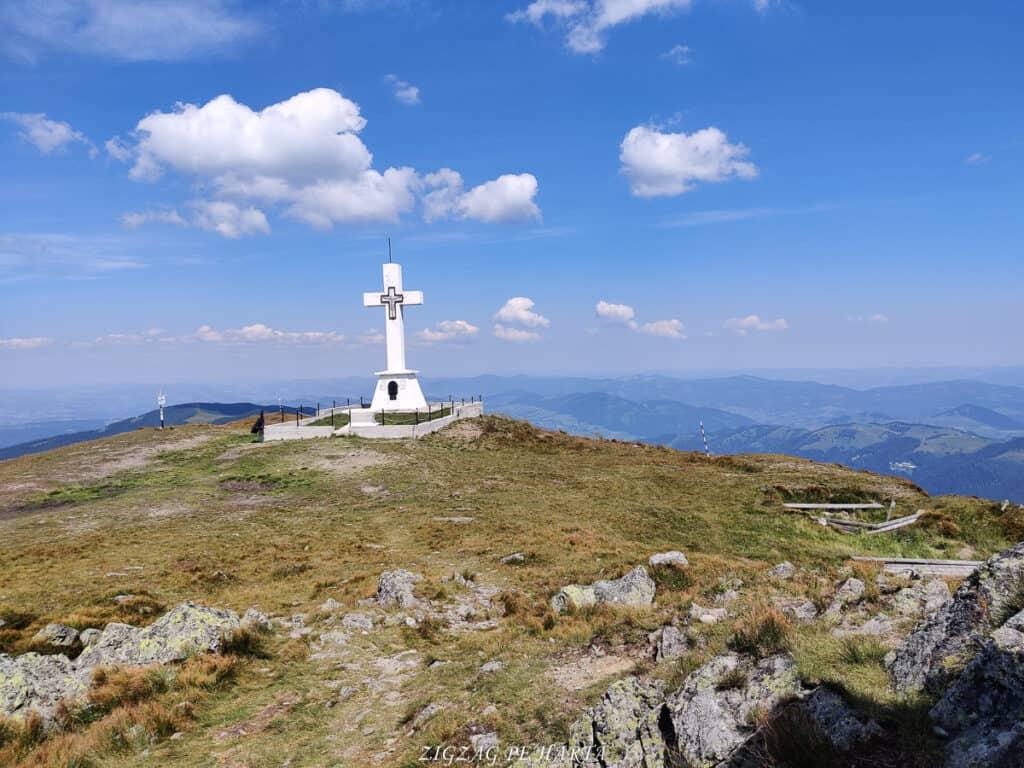 Vârful Giumalău 1858 metri - Blog de calatorii - ZIGZAG PE HARTĂ - IMG 20200806 120542
