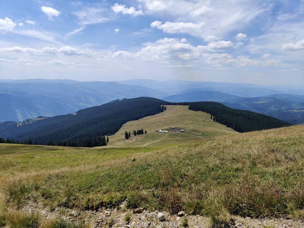Vârful Giumalău 1858 metri - Blog de calatorii - ZIGZAG PE HARTĂ - IMG 20200806 124054