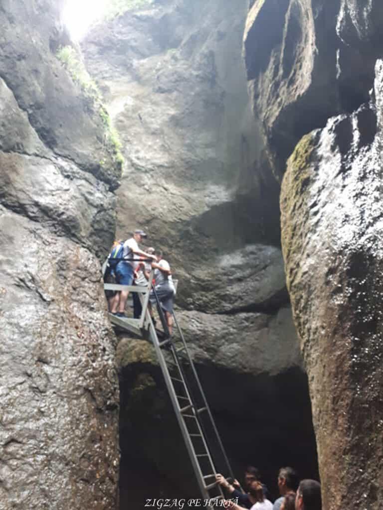 Canionul 7 Scări din Munții Piatra Mare - Blog de calatorii - ZIGZAG PE HARTĂ - 20190617 121321