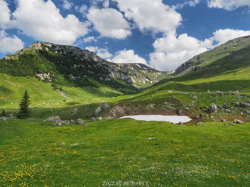 Cascada Obârșia Ialomiței - Blog de calatorii - ZIGZAG PE HARTĂ - OI000319 01