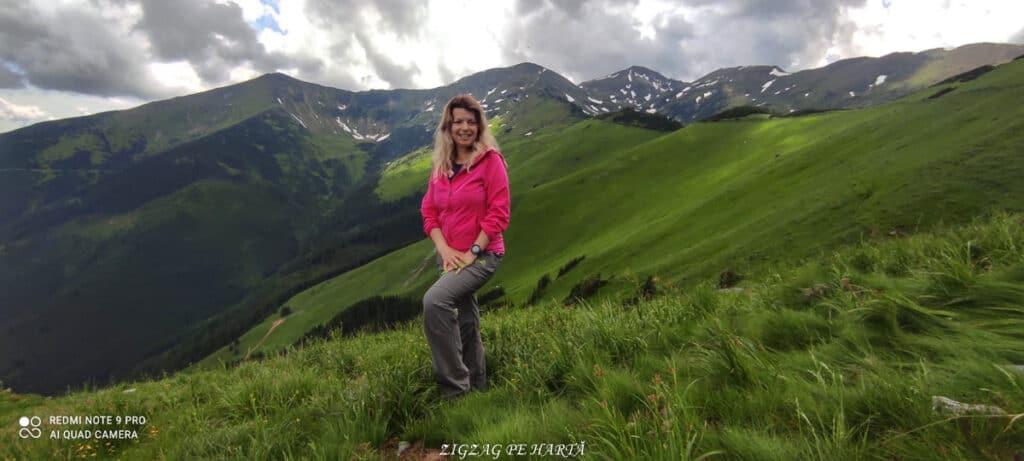 Rododendroni în Munții Rodnei - Blog de calatorii - ZIGZAG PE HARTĂ - IMG 20210703 WA0032 01