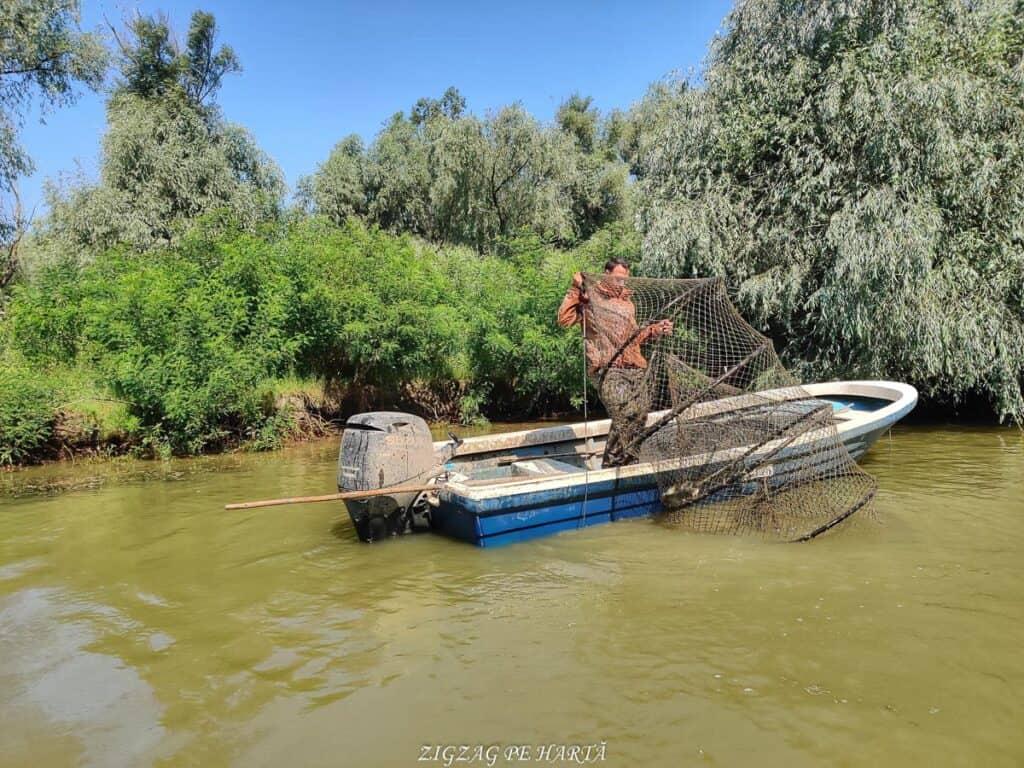 Delta Dunării – plimbare cu barca pe Brațul Sfântul Gheorghe - Blog de calatorii - ZIGZAG PE HARTĂ - IMG 20210722 103724 01