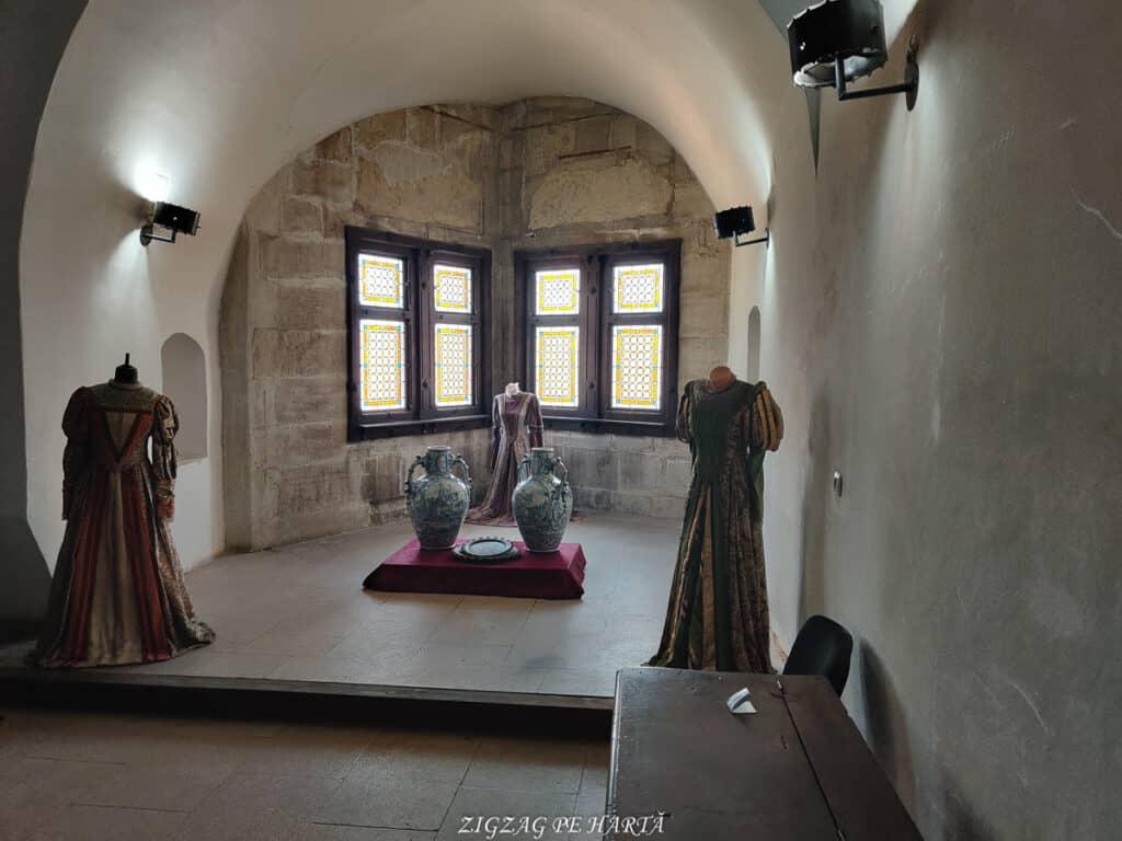 Castelul Corvinilor - Blog de calatorii - ZIGZAG PE HARTĂ - IMG 20210809 150451 1