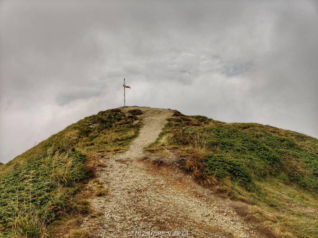 Vârful Ciucaș, 1954 metri - Blog de calatorii - ZIGZAG PE HARTĂ - IMG 20210818 150230 01