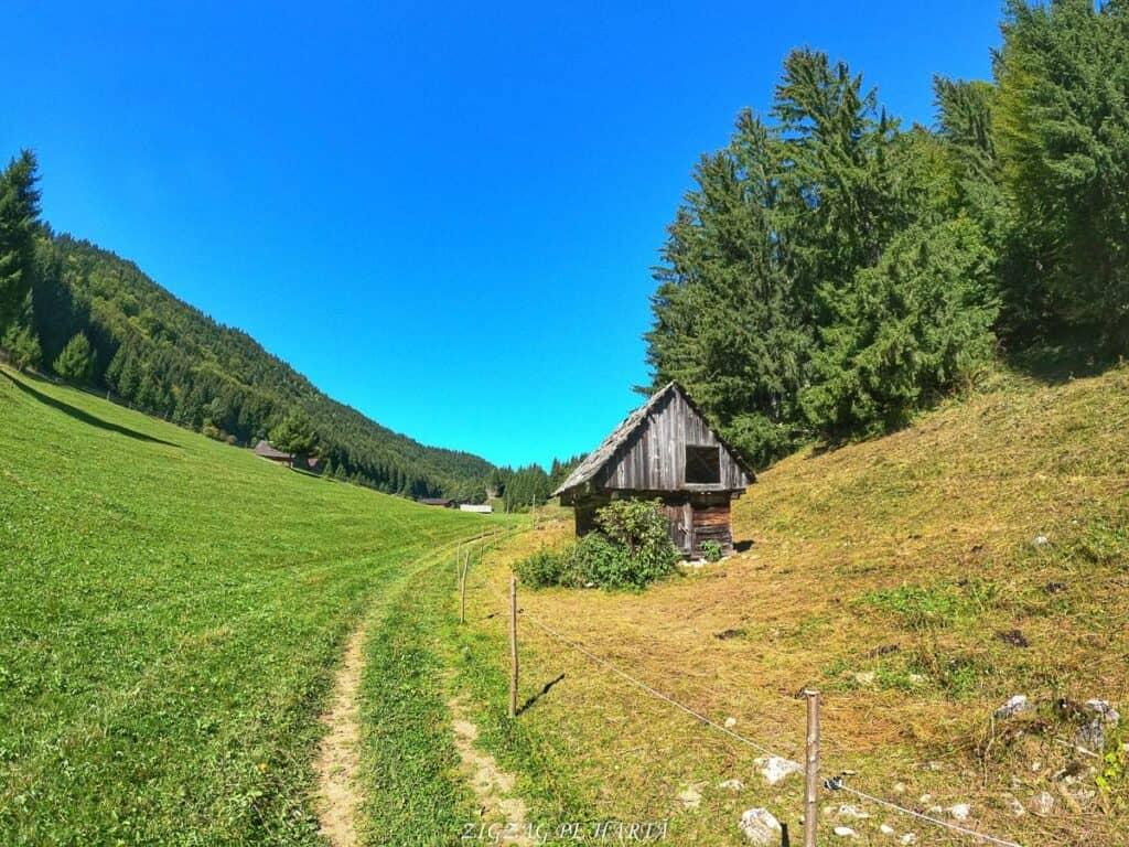 Amfiteatrul Transilvania - T9 - Blog de calatorii - ZIGZAG PE HARTĂ - GOPR1231 1631366842585 01
